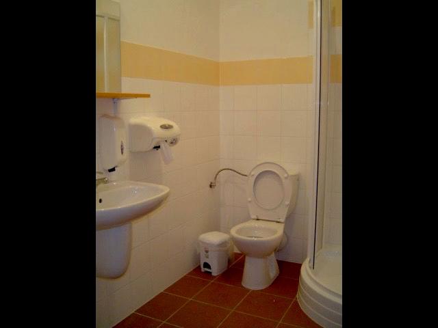 UH5-nadstandard-koupelna